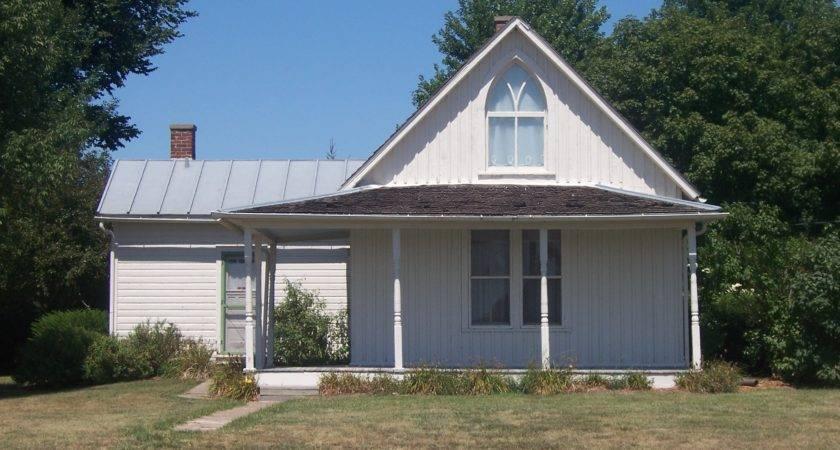 American Gothic House Eldon Iowa Travel Advisor