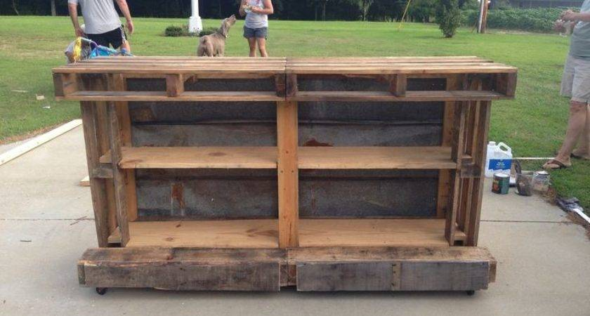 Awesome Pallet Bar Favorite Places Spaces Pinterest