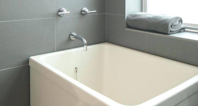 Bathtubs Cool Small Bathtub Sizes Bathroom Remodel