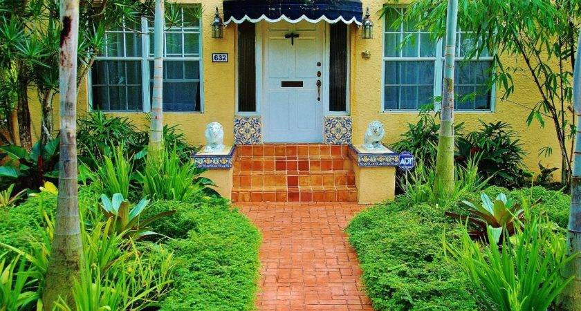 Beautiful Florida Landscaping Ideas Front House