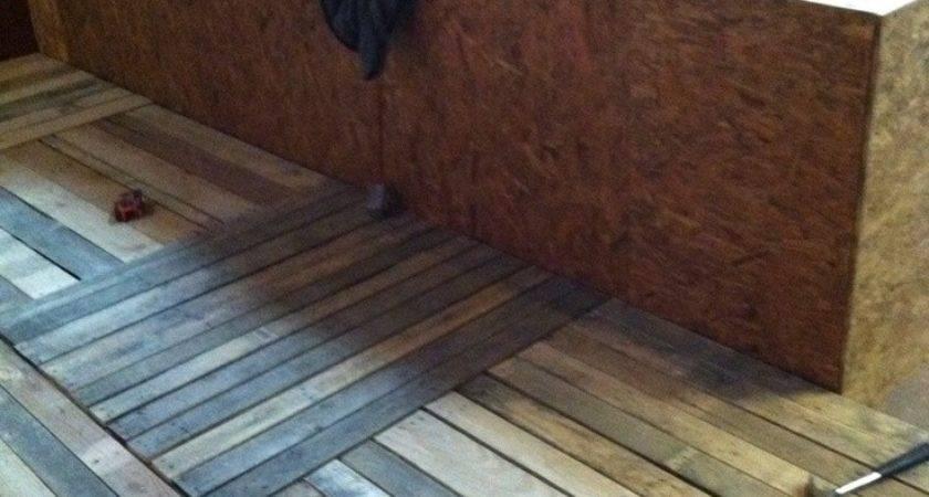 Best Ideas Wood Pallet Flooring Diy