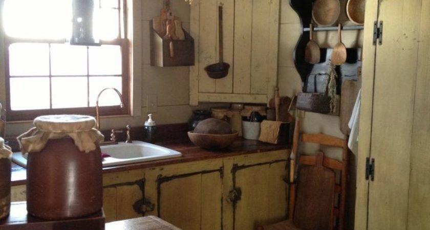 Best Prim Colonial Kitchens Diningrooms