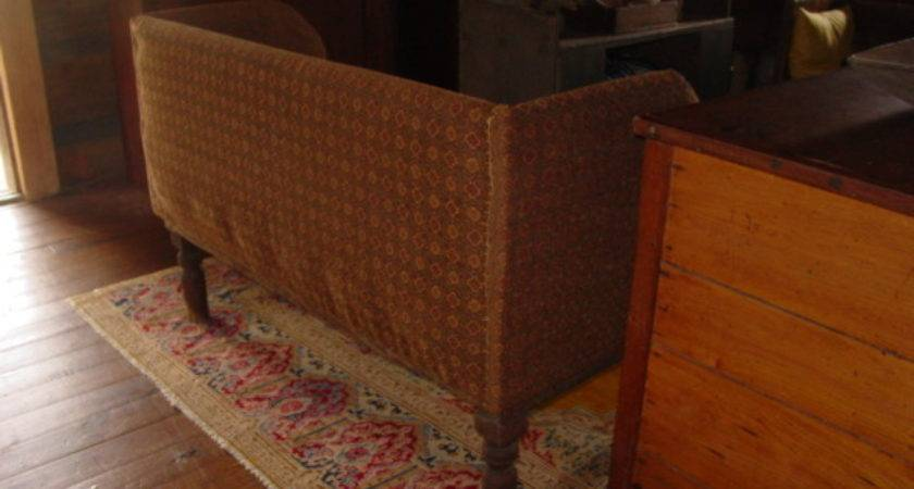 Building Primitive Couch
