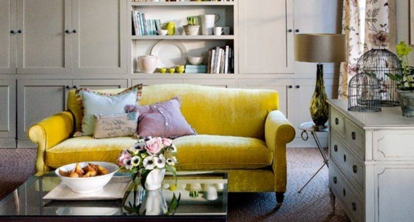 Built Living Room Storage Decorating Ideas