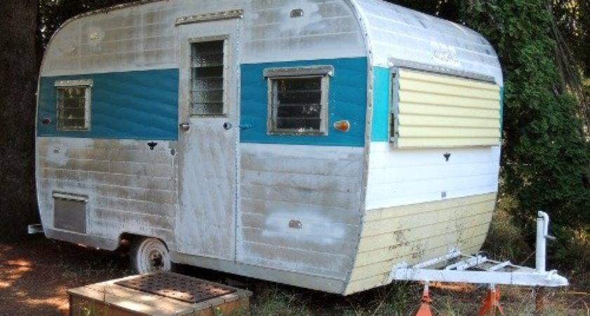 Camper Trailer Turned Home Office Crafting Rain