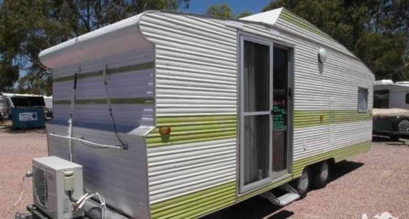 Caravan Viscount Tandem Sliding Glass Door Lounge
