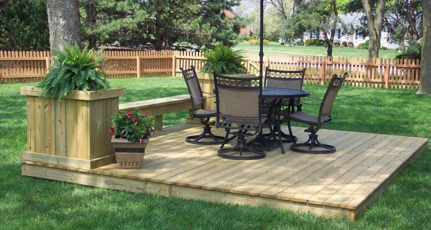 Collection Ground Level Wood Deck