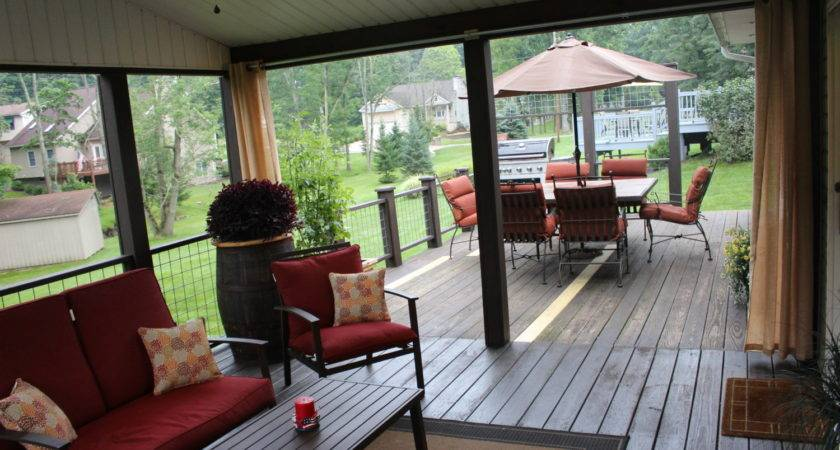 Creating Outdoor Living Room Screened Porch