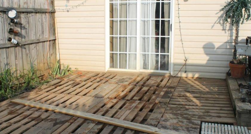 Dimestore Diva Diy Penny Pincher Pallet Porch Deck