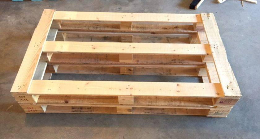 Diy Dads Outdoor Pallet Couch Weekend Project Hello