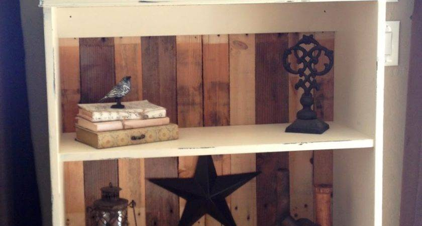 Diy Pallet Bookcase Tutorial Home Decorating Guru