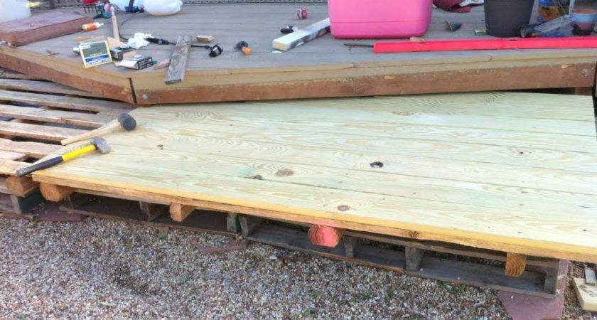 Diy Wooden Pallet Deck Under Home Design