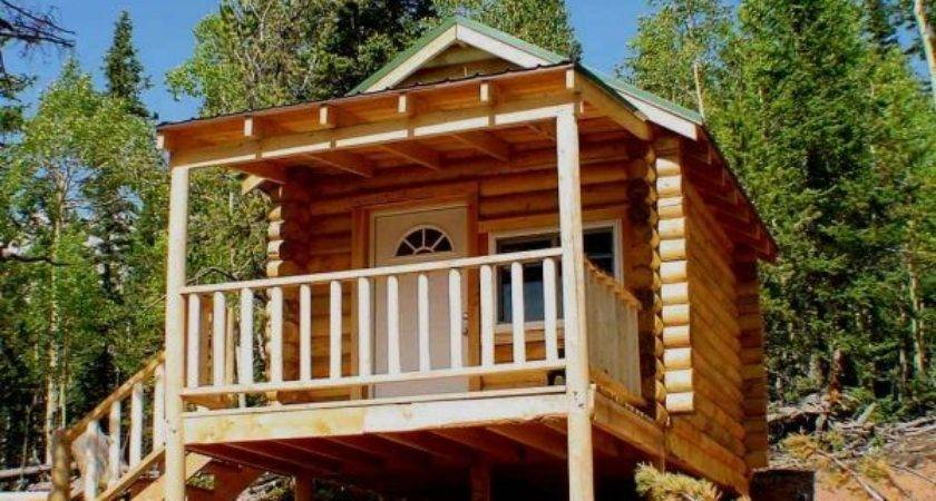 Enchanting Log Cabin Deck Ideas Using Side Entrance Stairs