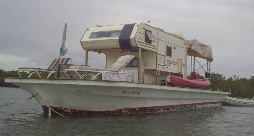 Floating Camper Foot Barge Boats Rent