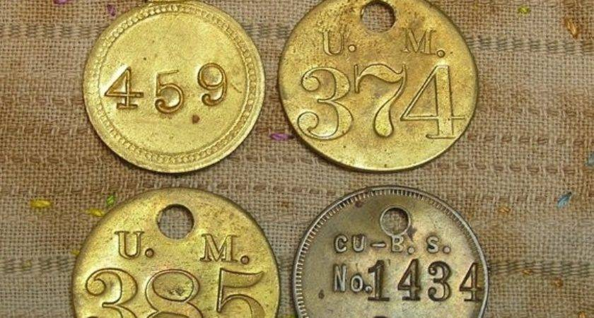 Four Vintage Metal Number Ohmymilky Etsy