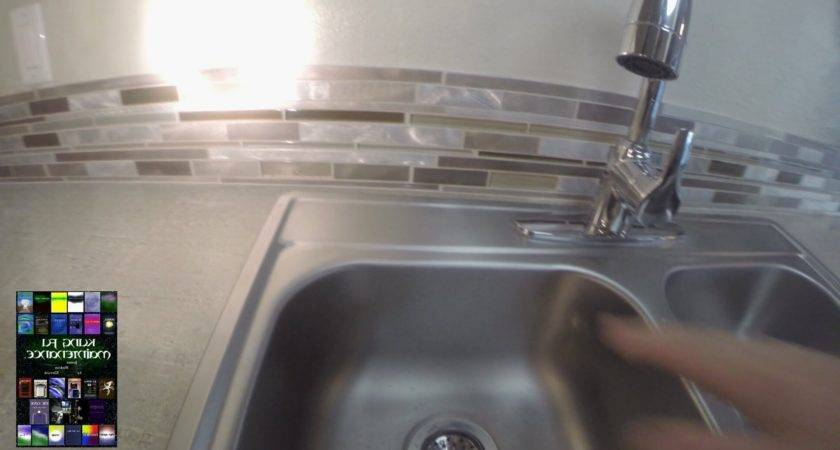 Fresh Water Coming Back Kitchen Sink Design