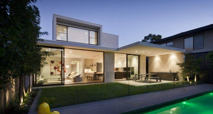 Gorgeous House Oriented Towards Sustainable Design