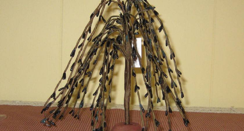 Inch Black Primitive Weeping Willow Pip Berry Tree Home