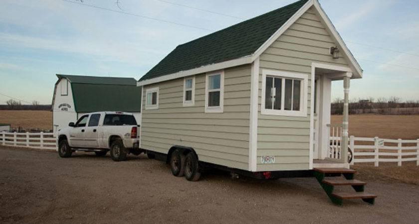 Johnny Spire Luxurious Tiny House Wheels
