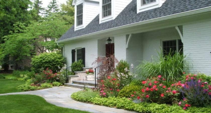 Landscape Arrangements Your House Front Gardening