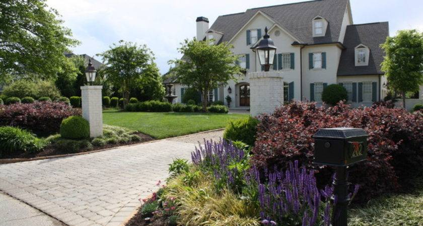 Landscaping Ideas Driveway