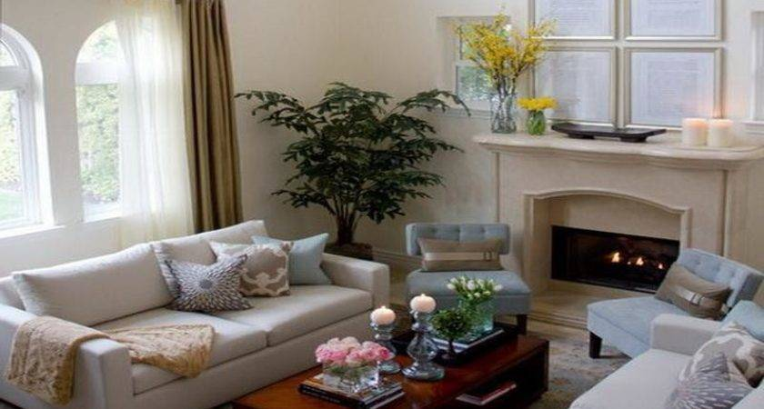 Living Room Decorating Small Space