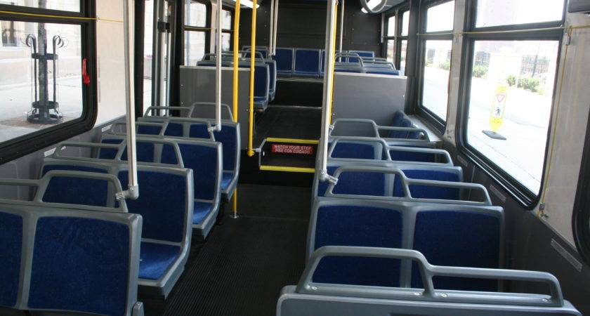 Mcts Unveils New Buses Urban Milwaukee
