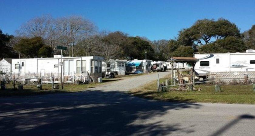 Mobile Home Park Beside Hotel Doubletree