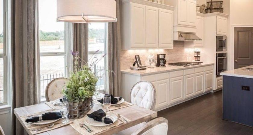 Model Home Decor