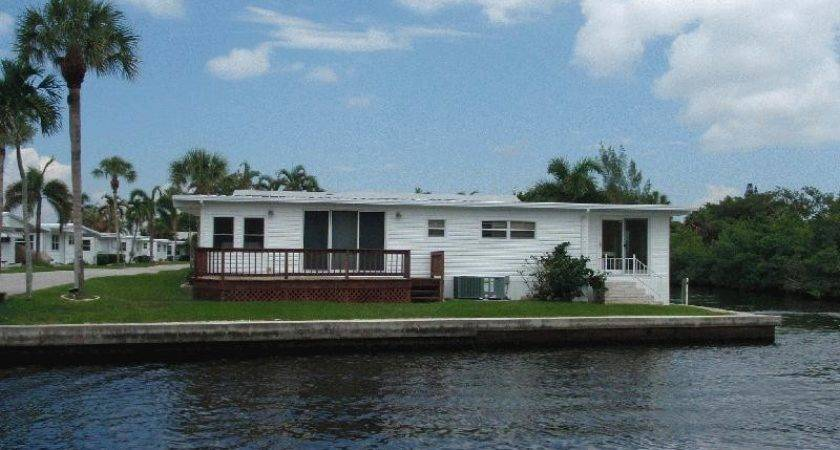 Naples Land Yacht Harbor Section