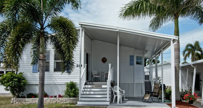 Nlyh Inland Homes Sale Naples Land Yacht Harbor