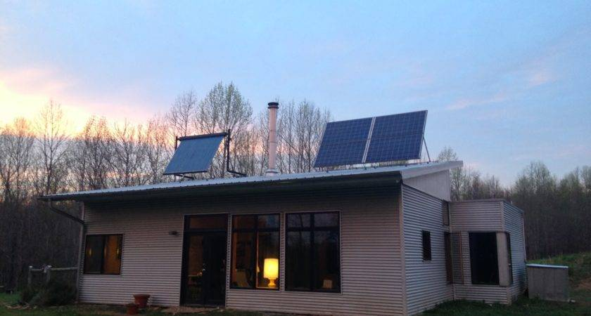Off Grid Modern Prefab House Breaks Internet Again