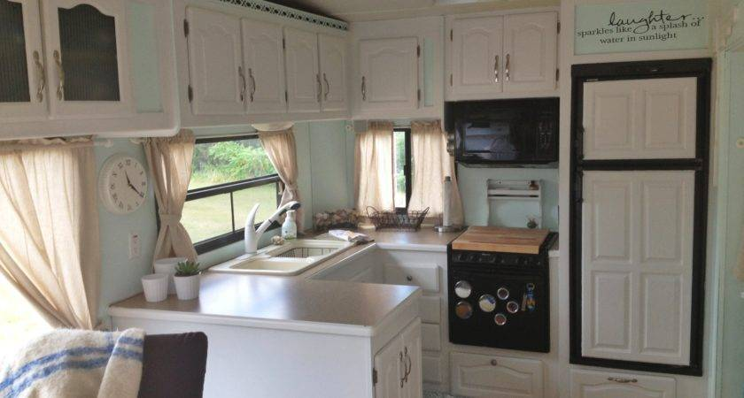 Old Fifth Wheel Interiors