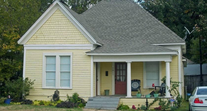 Old Small House Fairmount Quaint Queen Anne