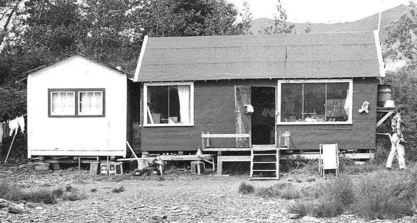 Old Small House Vintage Medea Srl