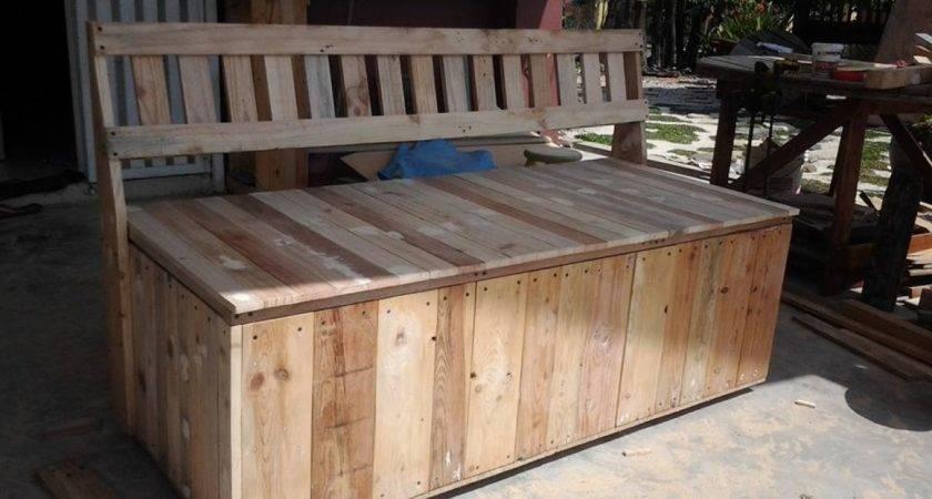 Outdoor Bench Pallet Storage Box