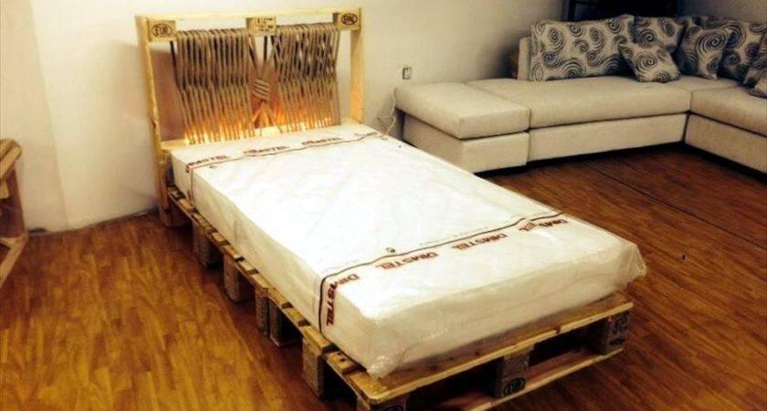 Pallet Bed Lights King