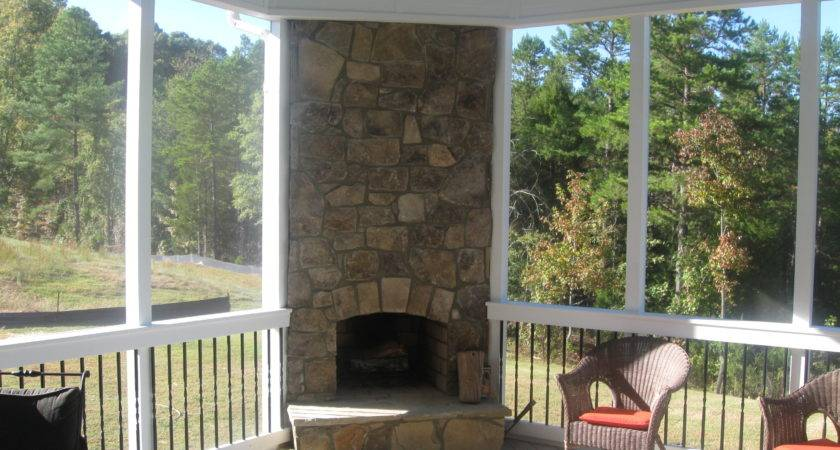 Putting Your Outdoor Fireplace Integrated Into Screen