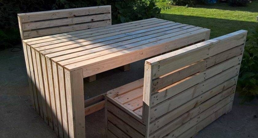Recycled Pallet Patio Table Benches Ideas