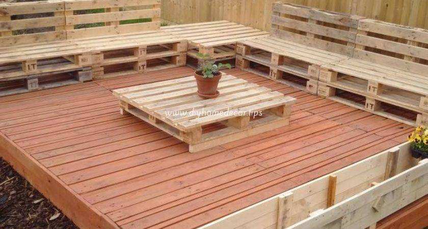 Recycled Wood Pallet Decks Diy Home Decor