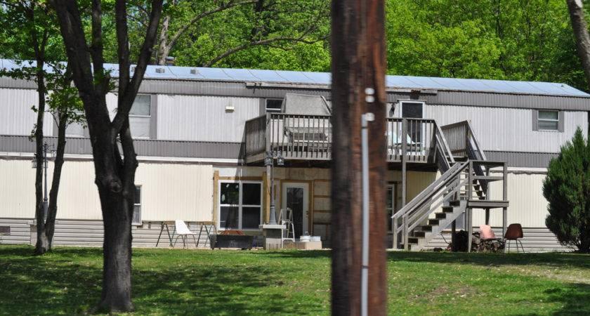 Redneck Mansion Must Large All