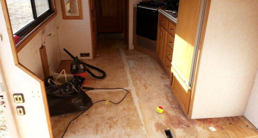 Replacing Carpet Laminate Flooring