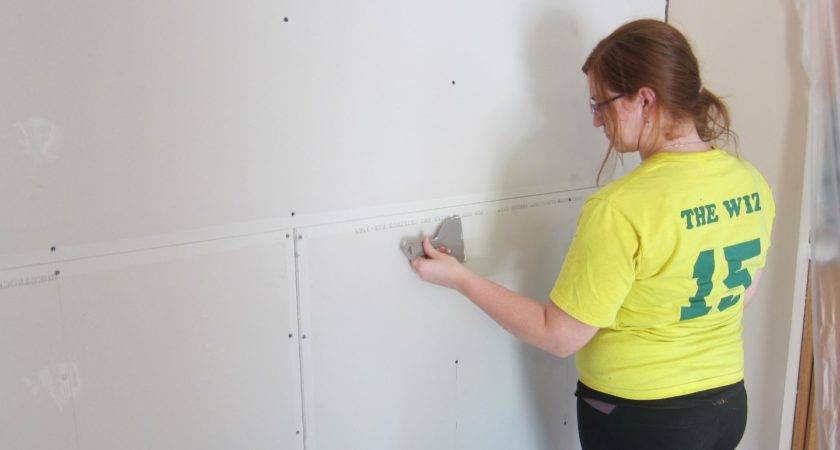Room Drywall Trim Crown Molding Paint