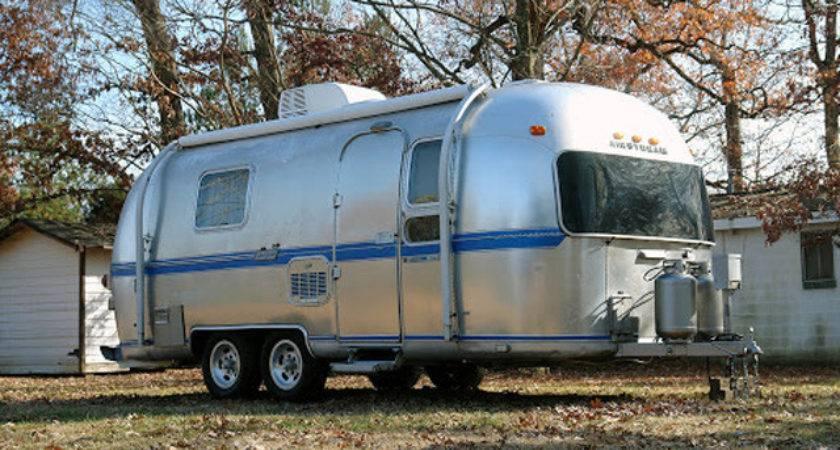 Sale Airstream Safari American Retro Caravans