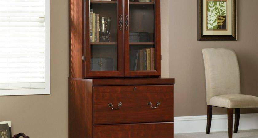 Sauder Heritage Hill Outlet Classic Cherry Piece