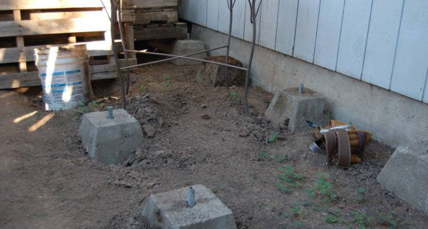 Secondhand Goods Rental Backyard Down Dirt Part