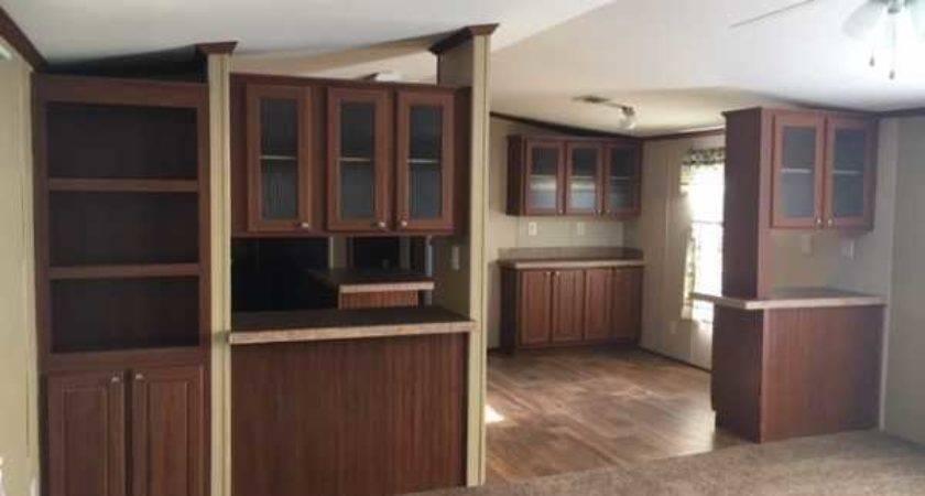 Senior Retirement Living Oak Creek Crown Manor