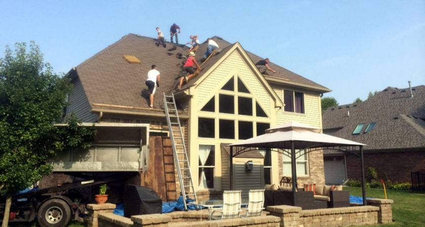 Shelby Township Roofing Signs Need New Roof