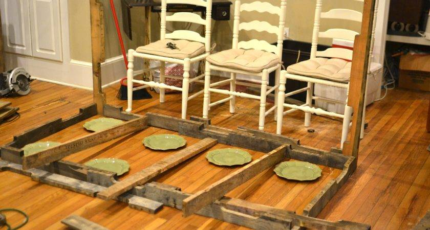 Shipping Pallet Dining Table Little Paths Startled