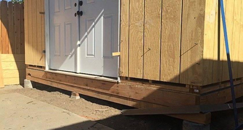 Siding Installing Flashing Wall Seams Roofing
